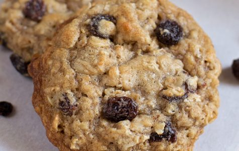 Oatmeal​ ​Raisin​ ​Cookies