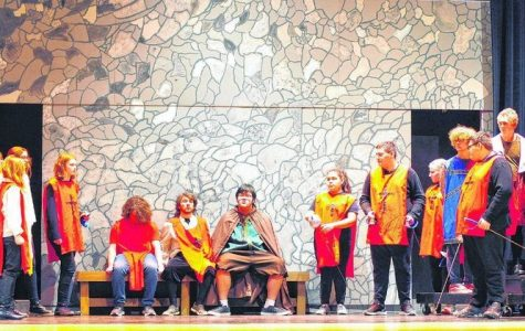 """The Children of The Musketeers"" Performs at SHS"