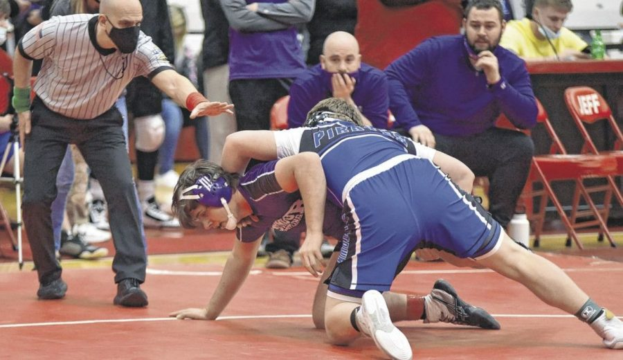 Seymour wrestlers end season at regionals